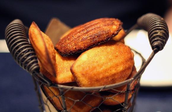 Blue Smoke's cornbread Madeleines