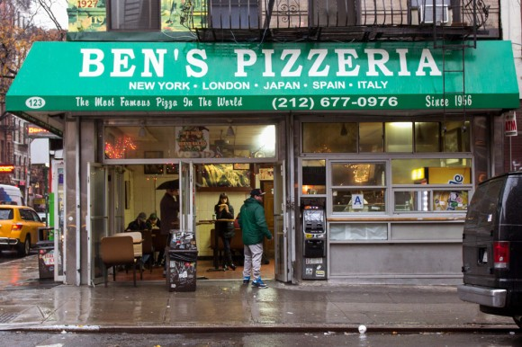 The storefront of Ben's Pizzeria