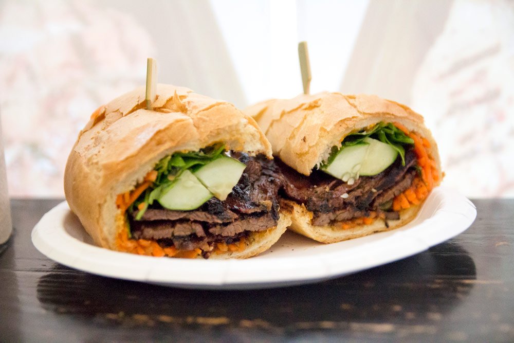 Saiguette's skirt steak bánh mì